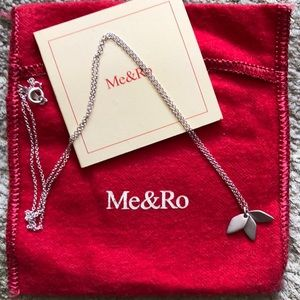 Me & Ro silver necklace